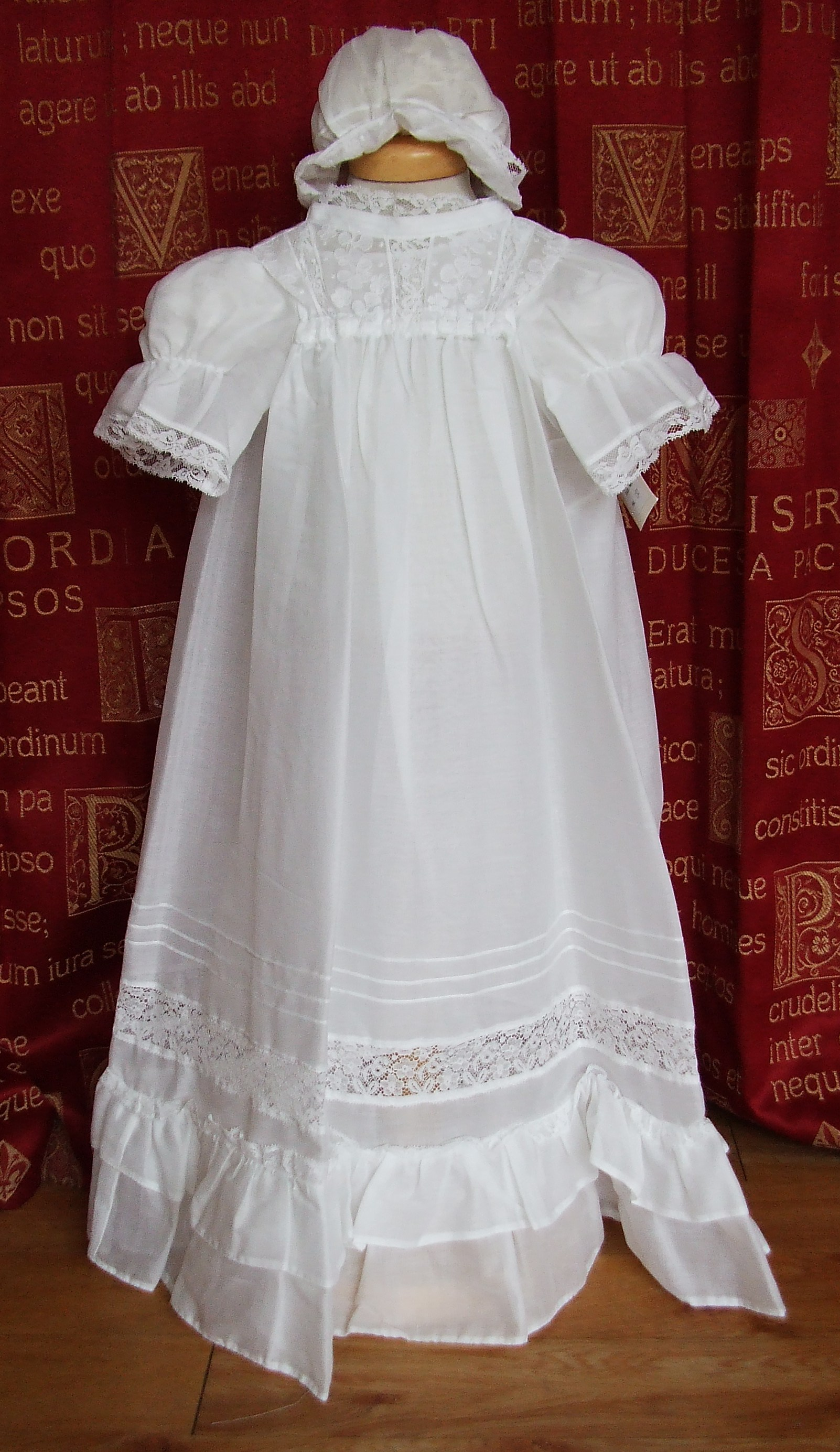 f4004f0b9 Heirloom Christening Gown Collection > Sunday Best Christening Gowns ...